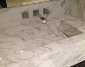 Bianco Floe White Marble Basin. Mitred stonework